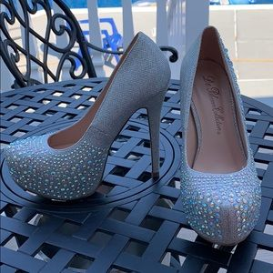 Silver Sparkle Heels NEW SIZE 7